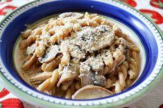Deliciosa pasta con champiñones y toque de chipotle