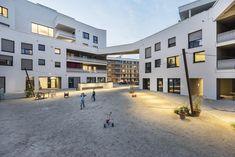 Cooperative Housing Complex wagnisART / bogevischs buero architekten stadtplaner GmbH + SHAG Schindler Hable