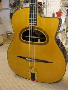 Tenor guitar by Park Guitars