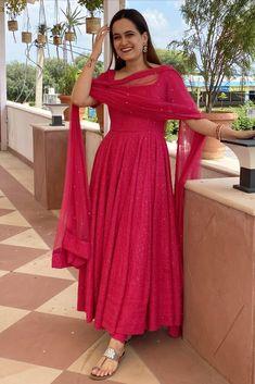 Silk Kurti Designs, Kurti Designs Party Wear, Lehenga Designs, Casual Indian Fashion, Indian Fashion Dresses, Indian Designer Outfits, Stylish Dresses For Girls, Stylish Dress Designs, Long Dress Design