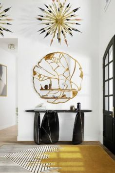 Make an impact right away with statement pieces at the entryway. Your guest will love the interior home decor of your house! #insplosion #luxurypieces #luxuryentryway #interiordesigninspo Industrial Design Furniture, Industrial Interiors, Luxury Furniture, Vintage Furniture, Contemporary Wall Mirrors, Contemporary Interior, Luxury Interior, New Wall, Room Paint