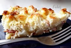 Baconös rakott karfiol Main Dishes, Side Dishes, Hungarian Recipes, Hungarian Food, Just Eat It, Vegetable Recipes, Lasagna, Cauliflower, Macaroni And Cheese
