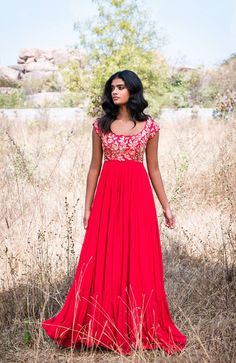Buy beautiful Designer fully custom made bridal lehenga choli and party wear lehenga choli on Beautiful Latest Designs available in all comfortable price range.Buy Designer Collection Online : Call/ WhatsApp us on : Designer Bridal Lehenga, Bridal Lehenga Choli, Designer Gowns, Indian Designer Wear, Designer Anarkali, Designer Kurtis, Indian Gowns Dresses, Red Gowns, Maxi Gowns