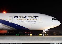 Boeing 777-258/ER aircraft picture