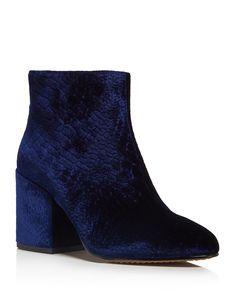 132.00$  Buy now - http://vilnr.justgood.pw/vig/item.php?t=84pgo7827602 - FRENCH CONNECTION Dilyla Croc Embossed Velvet Block Heel Booties 132.00$
