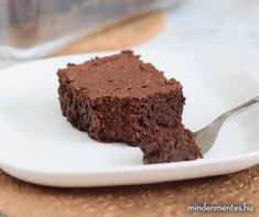 Édesburgonyás brownie (gluténmentes, vegán, TÉNÉ) - Nóra mindenmentes konyhája Vegan Brownie, Gluten Free Desserts, Healthy Recipes, Healthy Food, Paleo, Food And Drink, Favorite Recipes, Sweets, Baking