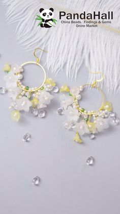 Diy Earrings And Necklaces, Diy Jewelry Rings, Handmade Beaded Jewelry, Ear Jewelry, Bead Jewellery, Simple Jewelry, Beaded Earrings, Jewelry Crafts, Earrings Handmade