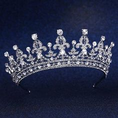 LUXURY BRIDAL CROWN - GIRLS OF GREAT BRITAIN AND IRELAND TIARA, Royalty, Ireland Tiara, Headpiece, Crown for Wedding, Quinceanera & Prom - Includes Glass Case  NEW! COMES WITH FREE GLASS CASE IN COLOR TEAL BLUE TO STORE YOUR TIARA & WEDDING JEWELRY ($60.00 VALUE - INCLUDED FREE!) - Photo # 5, 6  *** PLEASE NOTE YOUR ARE PURCHASING TIARA IN PHOTO #1 & #4 ***  WOW! You will literally look like Royalty on your Wedding Day, with this Queen Elizabeth - Girls of Great Britain and Irelan...