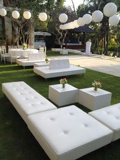 Comfy couches for wedding guests Chill out area Villa Wedding Bali - wedding, wedding inspo Lounge Party, Wedding Lounge, Wedding Seating, Bali Wedding, Luxury Wedding, Garden Wedding, Lounge Seating, Lounge Areas, Outdoor Lounge