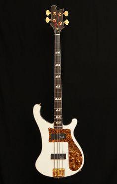 Mørch Bass