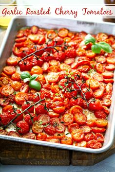 Garlic Roasted Cherry Tomatoes: in just 30 minutes and with five simple fresh ingredients, you can be enjoying the best roasted tomatoes you have ever eaten! Low Carb Side Dishes, Side Dish Recipes, Low Carb Recipes, Cooking Recipes, Healthy Recipes, Vegetable Dishes, Vegetable Recipes, Vegetarian Recipes, Cherry Tomato Recipes
