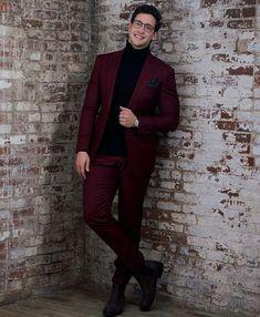 Mens Fashion Suits, Mens Suits, Men's Fashion, Dr Mike Varshavski, Hot Doctor, Designer Suits For Men, Stylish Boys, Men Style Tips, Style Men