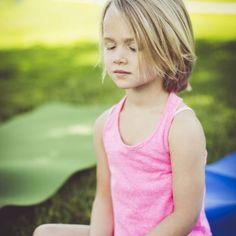 Cómo es el juego del silencio de Montessori para niños.