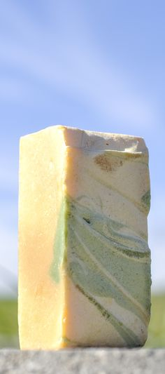 ► Fiji Island goat milk soap. A tropical blend of coconut, lime, and lemon. Check it out: http://gmsoap.co/19m6xLn #soap #beach #coconut