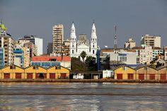 Cais do Porto-Porto Alegre-RS com Igreja NaSa.das Dores