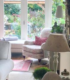 "Lorainescottage on Instagram: ""What a beautiful Autumn day ... Catching up on boring paper work... Watching the leaves falling! Oh well... A good work out in the garden at the weekend I hope! Friday tomorrow... XXXX #autumn #roomforinspo #october #cabbagesandroses #interior4you #shabbyhomes"""