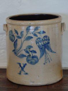 10-Gallon Stoneware Crock