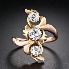 Jewelry Diamond : Art Nouveau Three Stone Diamond Ring