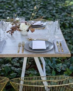 Featured   This modern elegance has been featured on @whitemagazine, including our tableware for this beautiful setup and video for the…