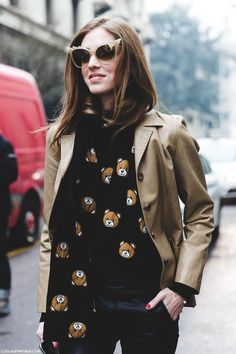 Bears everywhere and did you check out those specs?#ChiaraFerragni mad for #Moschino in Milan.