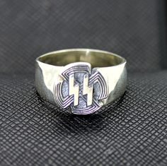 WW2 GERMAN SS SPORTS BADGE SILVER RING http://antiq24.com/product/ww2-german-ss-sports-badge-silver-ring/