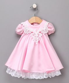 Precious...wonder if old handkerchiefs could be adapted for the collar.