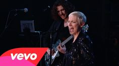 Hozier, Annie Lennox - Take Me to Church / I Put a Spell on You (Medley)...