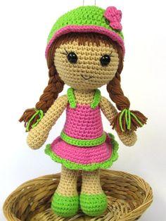 Doll Maria Amigurumi Crochet Pattern / PDF e-Book / por DioneDesign