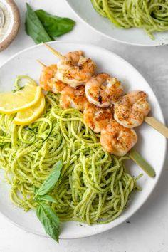 Mediterranean Chicken Salad {Best Dressing!} | FeelGoodFoodie Zucchini, Shrimp Avocado, Avocado Salad, Tuna Salad, Spaghetti Noodles, Lebanese Recipes, Pesto Sauce, Avocado Recipes, Health Desserts