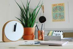 Een mooie kurken klok #dutchdesign #klok #puikart
