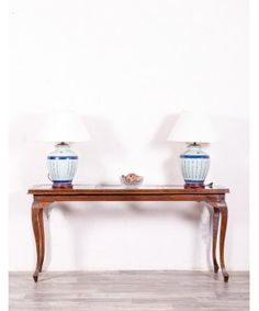 Consola Antigua De Madera   #mueblesbaratos #mueblesrebajados #muebleseconomicos #sale #rebajas #descuento #decoracion #casa #interior #interiores #design #liquidacion #outled #saldillo #mueblessegundamano #diy #mueblesantiguos #mueblesvintage #mueblesdemadera #mueblesreciclados Home Interior, Interiores Design, Entryway Tables, Shelves, Furniture, Diy, Home Decor, Antique Furniture, Recycled Furniture