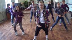 Выступление на Новогоднем празднике 3-А класс СШ №1 Днепропетровск