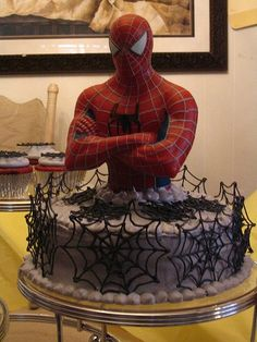 torte spider man su pinterest torta spiderman torte. Black Bedroom Furniture Sets. Home Design Ideas