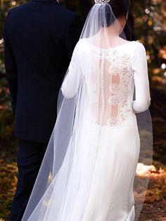 Wedding Gown Bella Cullen - Back side