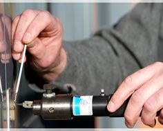 Needing for lockout service, locks change, rekey or broken key service in Dallas, TX? call SOS Locksmith DFW and we will send one of our specialist ASAP. SOS Locksmith offers 24 Hours Locksmith in Dallas as one of many Locksmith services. Mobile Locksmith, 24 Hour Locksmith, Auto Locksmith, Automotive Locksmith, Emergency Locksmith, Locksmith Services, Paris Arrondissement, Car Key Replacement, Cool Lock