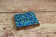 1950s Blue and Green Confetti Lucite Mirrored Compact