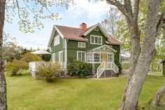 Sollum 108 in Hjärtum, Lilla Edet - Villa for sale - Hemnet Home Interior, Interior And Exterior, Swedish House, Happy House, Creative Home, House Floor Plans, Old Houses, Home And Living, Future House
