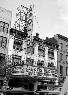 The Apollo Theater in Harlem. Otis Redding, Billy Stewart an Diana Ross Supremes, Apollo Theater, Otis Redding, Theatre Shows, Soul Artists, Soul Funk, New York Daily News, Music Images, Black N White Images