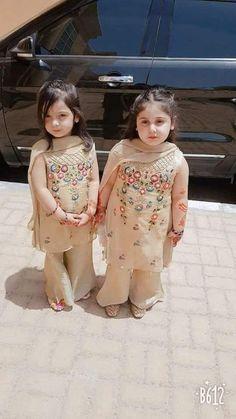 Baby Girl Dresses Zara 31 New Ideas Girls Casual Dresses, Dresses Kids Girl, Girl Outfits, Stylish Dresses, Toddler Dress, Baby Dress, Baby Girl Fashion, Kids Fashion, Kids Party Wear