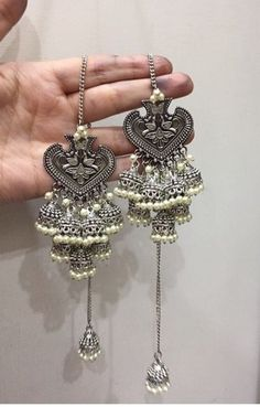 Ready to Ship - Silver-Toned Kashmiri Style Jhaalar Earrings with Off-White Beads Hanging Indian Jewelry Earrings, Indian Jewelry Sets, Jewelry Design Earrings, Silver Jewellery Indian, Bridal Jewelry, Silver Jewelry, Mughal Jewelry, Oxidised Jewellery, Ethnic Jewelry