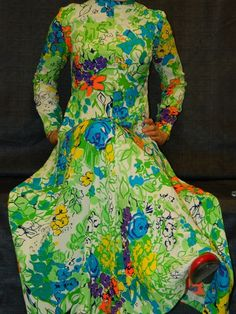 Vintage 1970's Leslie Fay Original  Long by TheIDconnection, $150.00   Vintage 1970's Leslie Fay, Long Evening Dress, Size 6-8, Zips up back, Mod style Bright Floral, Sunny Maxi Dress Retro 70's Classic Design  http://theIDconnection.etsy.com