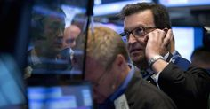 The party is over for junk bond investors: While high-yield bond ETFs actually took in money last week, outflows are likely to continue. (msn.com)