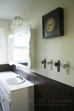 Love this vintage door knobs being repurposed as towel hooks! by strictlyvintage