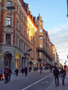 Götgatan, at the corner of St Paulsgatan you find our office.