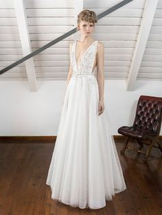 The Amazing Inmaculada Garcia Barcelona 2017 Wedding Dress Collection Collection 2017, Dress Collection, Wedding Dress Necklines, Wedding Dresses, August Wedding, 2017 Wedding, Couture, Wedding Styles, Beautiful Dresses