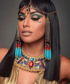 kleopatra karneval ideen make-up ideen - Fashion & LifeStyle - . disfraz egipcia kleopatra karneval ideen make-up ideen - Fashion & LifeStyle - . Cleopatra Makeup, Egyptian Makeup, Egyptian Fashion, Egyptian Costume, Costume Makeup, Party Makeup, Fun Makeup, Amazing Makeup, Egyptian Hairstyles
