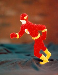 Pipe Cleaner Flash by fuzzymutt on DeviantArt Family Crafts, Fun Crafts For Kids, Craft Stick Crafts, Paper Crafts, Craft Ideas, Pipe Cleaner Art, Pipe Cleaner Animals, Pipe Cleaners, Diy Pipe