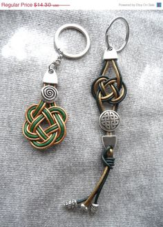 Are you looking for a gift for your man? Check out this keychains on sale on my  Etsy shop https://www.etsy.com/es/listing/234709200/on-sale-leather-keychain-for-men-mens