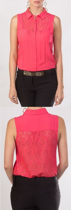 En KAMI tenemos esta semana para tí, esta blusa coral tipo camisa, sin mangas, con detalle de encaje en la espalda. Fancy Tops, Dressy Tops, Red Blouses, Blouses For Women, Western Wear, Corsage, Blouse Designs, Chiffon Tops, Ideias Fashion
