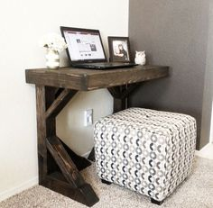 22 DIY Computer Desk Ideas that Make More Spirit Work - EnthusiastHome LOVE this feed! So many DIY furniture plans and ideas! Diy Furniture Plans, Home Office Furniture, Bedroom Furniture, Furniture Design, Furniture Stores, Furniture Vanity, Bedroom Desk, Small Furniture, Cheap Furniture